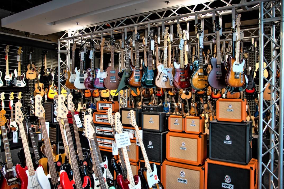 Instrumenty muzyczne Bratislava - Digital Park