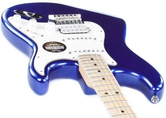 Fender American Standard Stratocaster HSS, Maple Fingerboard, Mystic Blue