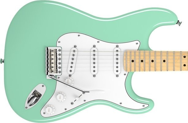 Fender American Special Stratocaster, Maple Fingerboard, Surf Green