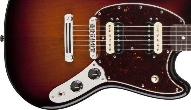 Fender American Special Mustang, Rosewood Fingerboard, 3-Color Sunburst