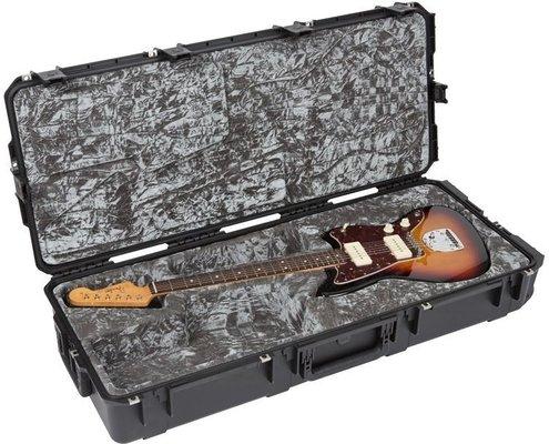 SKB Cases iSeries Waterproof Jaguar/Jazzmaster Flight Case Black