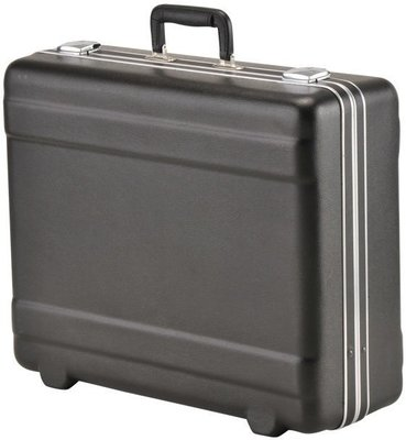 SKB Cases Luggage Style Transport Case without foam Black