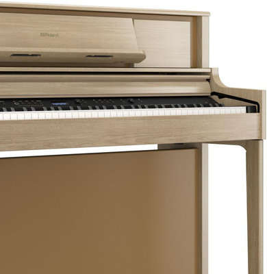 Roland LX705 Light Oak