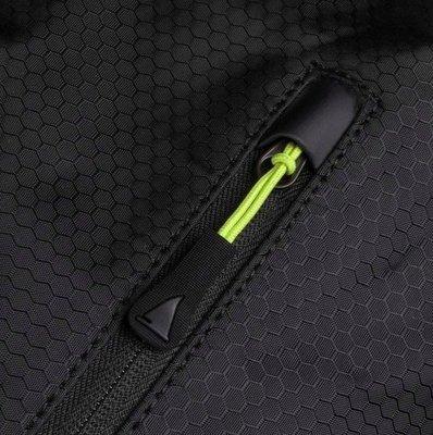 Musto Essential Wheel Clam Case 100L Black