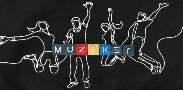 Muziker Bluza z Kaputrem Time to Play Black XXL