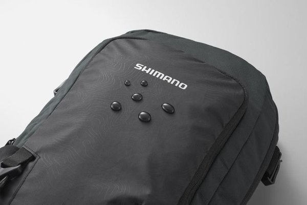 Shimano Unzen 6L with Hydration Black
