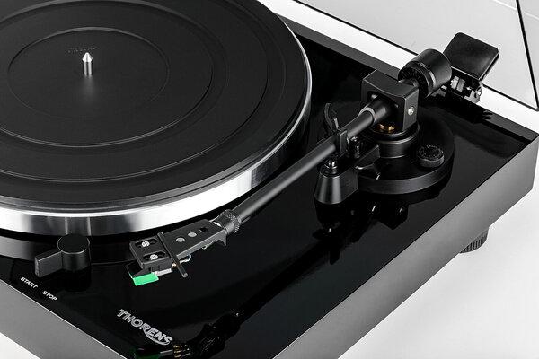 Thorens TD 202 Black Gloss