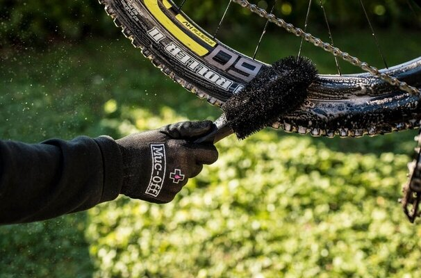 Muc-Off Wheel & Brake Brush