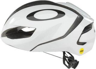 Oakley ARO5 Europe